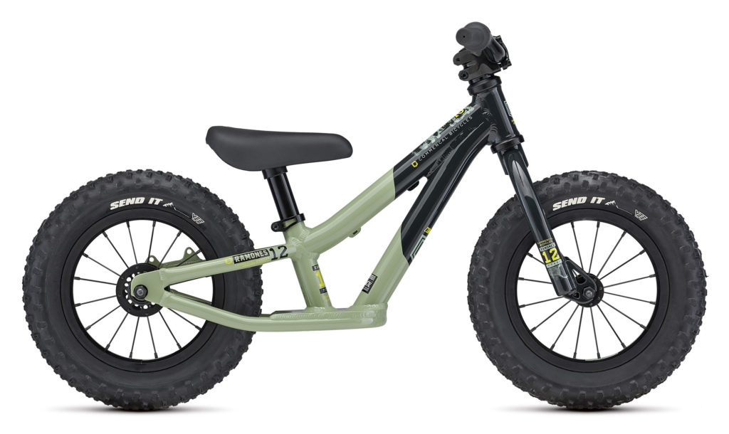 Commencal Ramones Push Bike 2021 Frontansicht in der Farbe Green